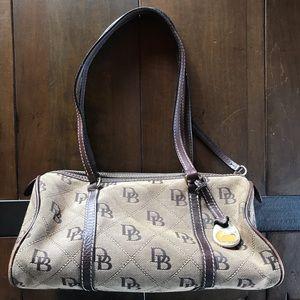 Dooney & bourke diamond signature canvas purse
